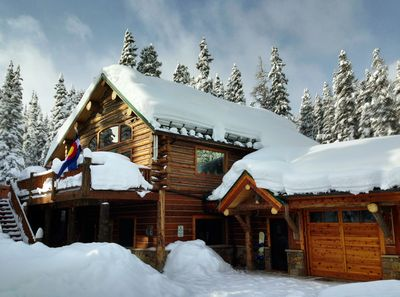 Blue River Lodge in Winter