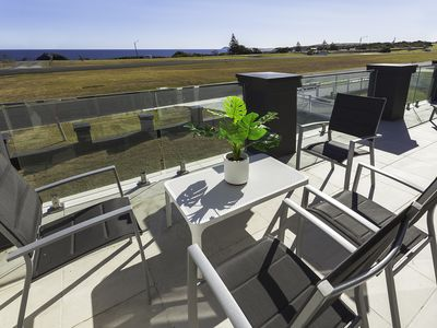 Photo for Midas Ocean View, only 10 minute drive to Phillip Island