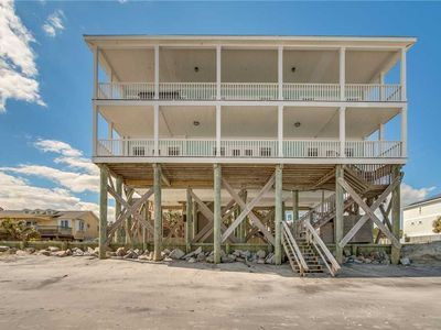 Photo for Spacious Home Directly on the Beach with Spectacular Ocean Views