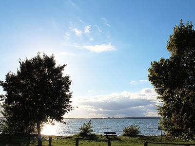 Photo for Beach house, 200 sqm. Wf., Right on the lake Plauer, Müritz, 30m to beach, sky