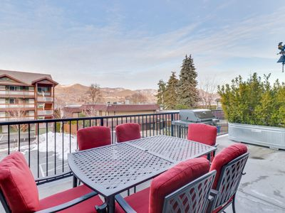 Photo for Mountain view condo w/ shared indoor pool and hot tub.
