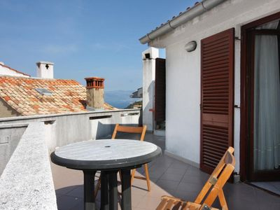 Photo for Two bedroom apartment with terrace and sea view Vrbnik (Krk)