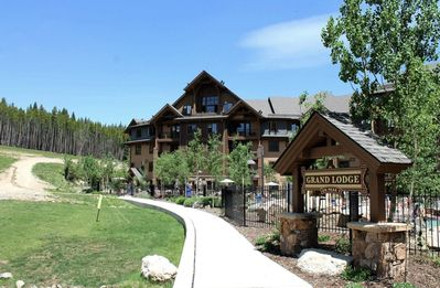 Photo for Breathtaking views from on-mountain premier resort July 25-August 1