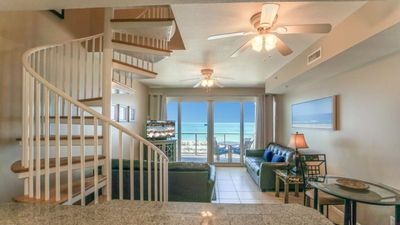 Photo for Directly located on the Gulf of Mexico Beach Club 2B