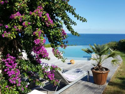 Photo for Villa in front of the sea, heated swimming pool, prices for 6 to 11 persons