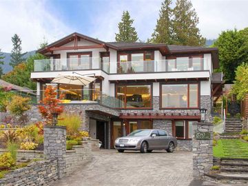 Dundarave, West Vancouver, British Columbia, CA