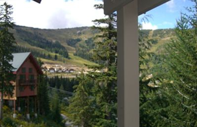 Photo for Large, Fully Furnished Schweitzer Mountain Condo - Sleeps 8-10