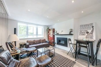 Photo for Prime Pimlico 3 Bedroom Flat With Roof Terrace