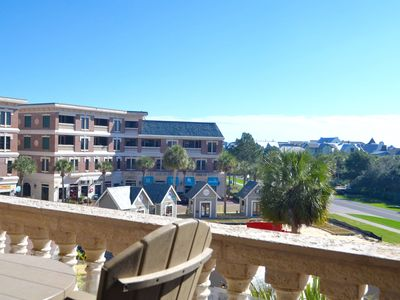 Photo for Luxurious Lrg. 3BR/2BA Condo near Rosemary Bch/Walk to dining/heated pool/beach