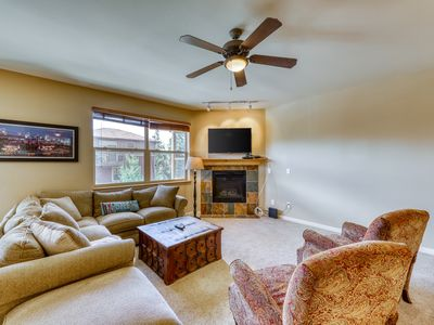 Photo for Mountain home w/private balcony, board games, and shared hot tub!