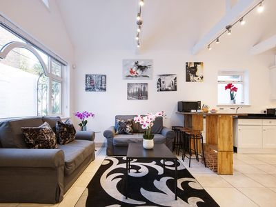 Photo for Gunnersbury Bungalow  apartment in City of London with .