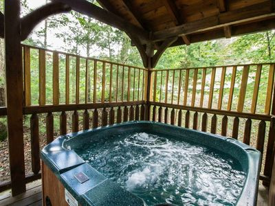 Make the most of mid-Winter Savings, up to 20% off-Hot Tub-Pool Table-Foosball-Arcade-Close to Town