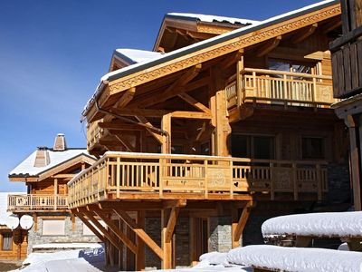 Photo for Comfortable 12-person Chalet with fireplace and hammam in Les Deux Alpes