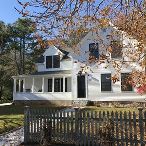 Photo for Beautiful Cape Porpoise Home. Water Views. Walk to coffee, fine dining & fun bar