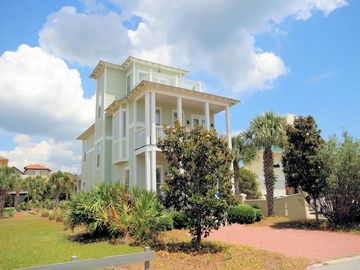 """In Seagrove """"Becca Breeze"""" is a 5 bedroom breath of fresh air with gulf views"""