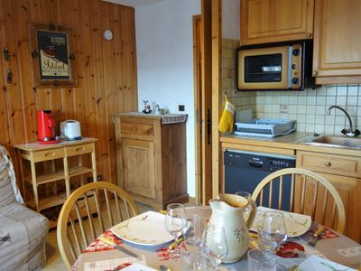 Photo for Cosy apartment for 3 guests with WIFI, TV, balcony, pets allowed and parking