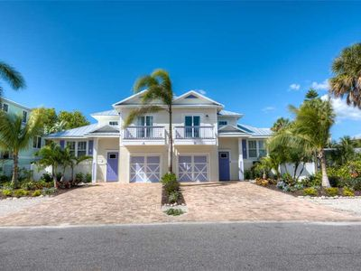 Photo for Private Pool with Spring Availability! Plumbago A: 3 BR / 2 BA, in Holmes Beach