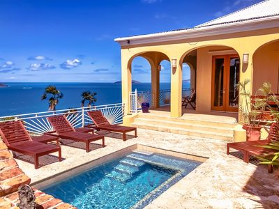 Photo for Le Lion d'Or - beautiful ocean views, central location!!