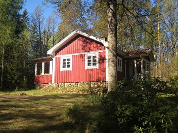 Ronneby nv vacation rentals houses more homeaway for Cabin rentals in nevada