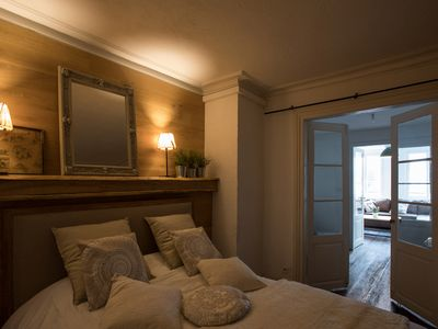 Photo for Apartment ATYPIQUE 77m2 hyper center 2 steps from the Cathedral