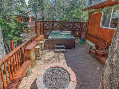 Photo for Rustic retreat at Bear Mountain w/ private hot tub & dog-friendly attitude!