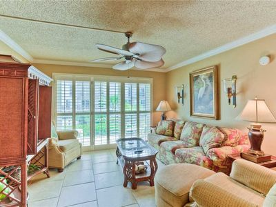 Photo for Oceanfront Condominium Great for Small Families with Pool, Beach Access, Fitness Center.
