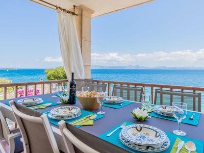 Photo for GREAT VILLA IN FRONT OF THE SEA AND SPECTACULAR VIEWS TO THE BAY