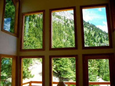 Photo for Awesome Colorado Vacation House, Incredible Views, Hike Right from the House
