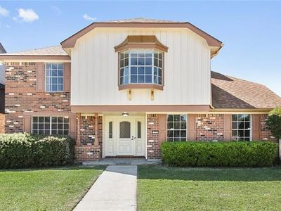 Photo for Beautiful, Spacious , 2700 sq ft a whole privae house, 5.7 miles to Downtown