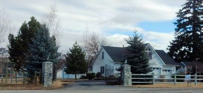 1010 Tammany LN, Hamilton, MT - Wintertime photo