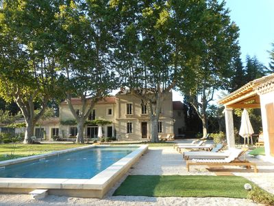 Photo for In the Mas des Pampres, Provence is at your fingertips