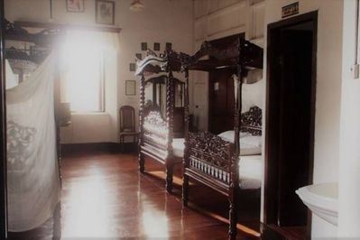Cuarto delas Hijas: Superior Quadruple Room - Vigan City