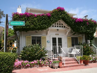 Photo for Charming Family Home, 3 Blocks to Beach, Restaurants and Shops, WIFI
