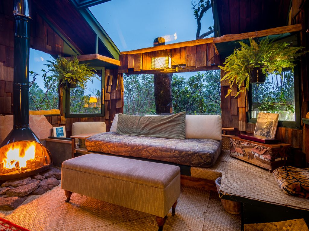 photos by jon mikan mikanphotographycom all the comforts of home inside - Treehouse Masters Tree Houses Inside