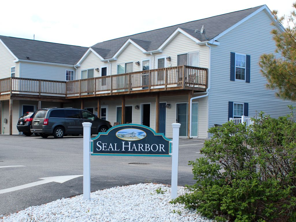 vacation rentals vacations cottages guest maine ogunquit house in and motels southern lords wells moody beach
