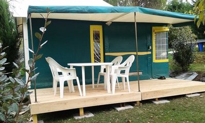 Photo for Camping Les Catalpas *** - Canvas Bungalow 3 Rooms 4 Persons