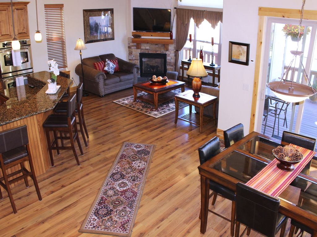exceptional ski home 4br sleeps 10 po vrbo beautiful open floor plan great for family gatherings