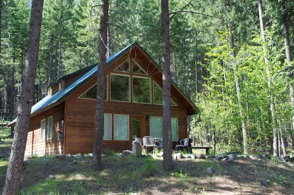 Warm mazama cabin 2 bed 2 bath cabin in t homeaway for Winthrop cabin rentals
