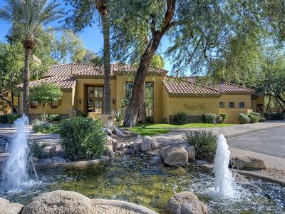 Photo for Luxurious 2-Bedroom Vacation Condo located in North Scottsdale!