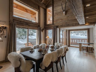 Photo for Luxurious chalet Méribel center 240m2 with spa and sauna
