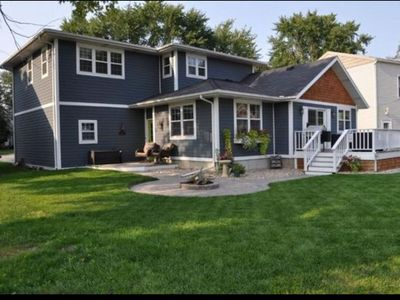 Photo for Beautiful 3BR Home with Lake Views