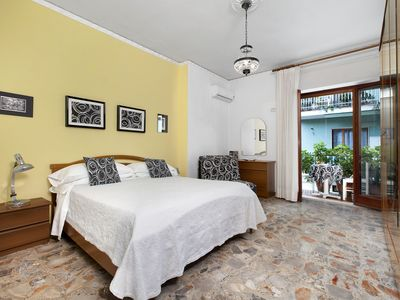 Photo for Apartment Degli Aranci, Air Conditioning, Heating, WI-FI,Town Centre