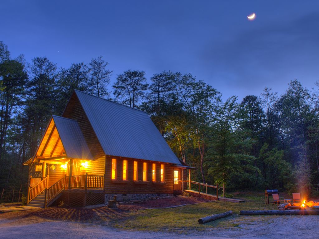 unique near in photograph cabins friendly of pet helen rentals ga georgia cabin luxury mountains