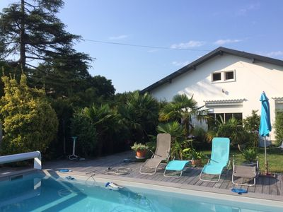 Photo for Villa, 3Ch, 2SdB, 2WC, swimming pool, garden, terraces, beach on foot.