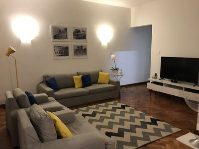 Photo for Ipanema Apartment, 50m from the metro and on the beach