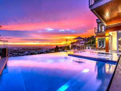 Photo for Panoramic City Views, Infinity Pool, Hot Tub & Grill