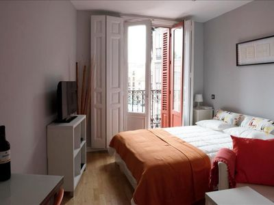 Photo for Estudio Plaza Mayor apartment in Sol with WiFi, integrated air conditioning & lift.