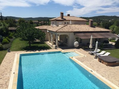 Photo for Villa du Bonheur 6 ch pool jacuzzi and air conditioning