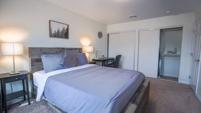 Master Bedroom: Queen size bed & work desk for those who like to keep working