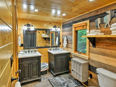 Photo for Rustic Greenville Cabin - 10 Min to Big Squaw Mtn!